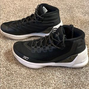 Under Armour Curry 3 shoes